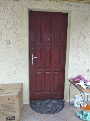 Двері вхідні, подвійні, дерев'яні