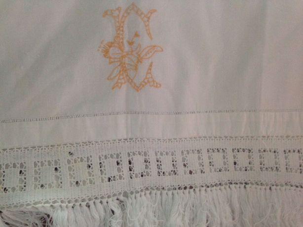 Toalha de baptizado antiga