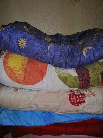 Продам тёплые, разные одеяла