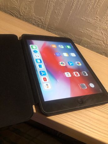 iPad mini 2  32гиг