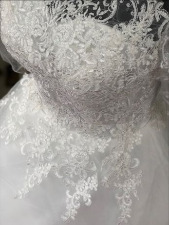 Suknia ślubna rękawek kolor IVORY 38 M, 42 XL, 44 XXL