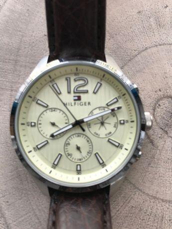 Wyprzedaż kolekcji: zegarek Hilfiger TH347