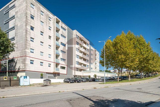 Apartamento T3 como novo em Ermesinde