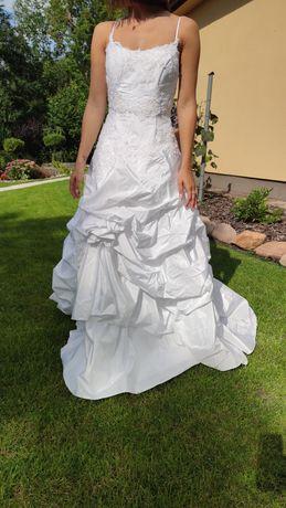 Suknia ślubna gorset