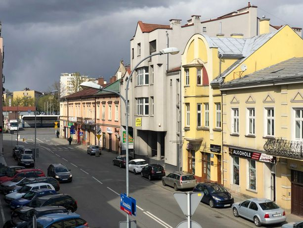 Do wynajęcia parter kamienicy pod biura, usługi w centrum Rzeszowa