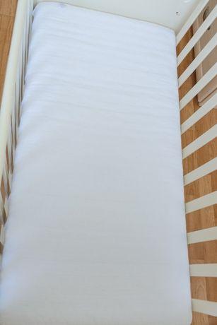 Матрас и постель Верес в отличном состоянии