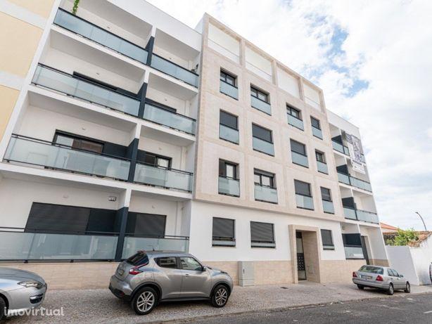 Apartamento T3 Cartaxo com Box e Terraço com 42,96m2