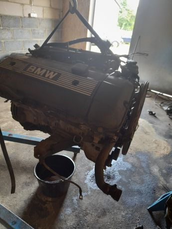 Silnik bmw 2.5 m52