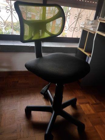 Cadeira de secretaria de crianca ikea faro 15€