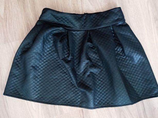 Rozkloszowana spódnica
