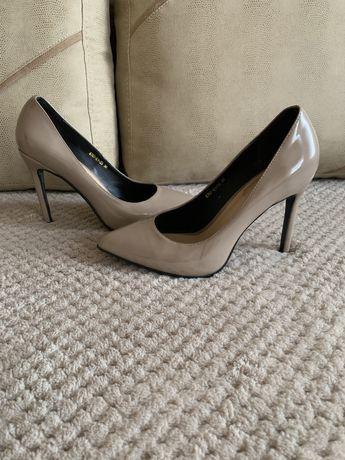 Туфли лаковые кожаные 36р