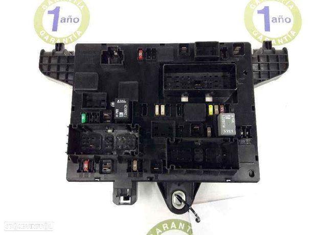 13343950 Caixa de fusíveis OPEL ASTRA J (P10) 1.7 CDTI (68) A 17 DTR