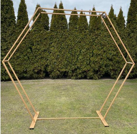 Podwójny metalowy heksagon/ ścianka do dekoracji: ślub lub wesele