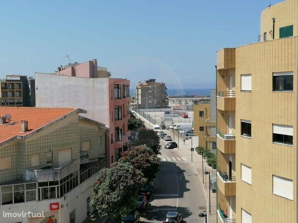Apartamento T1, junto à Praia c/ Terraço - Aver-O-Mar - P...