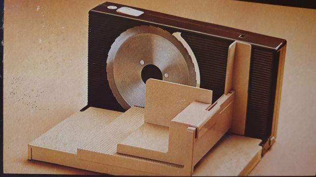 Máquina de cortar enchidos e queijo