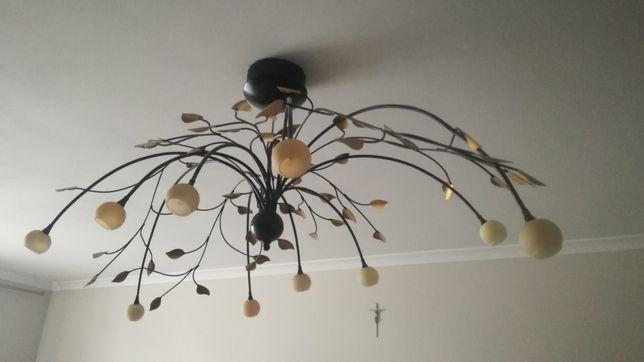 Lampa do salonu u
