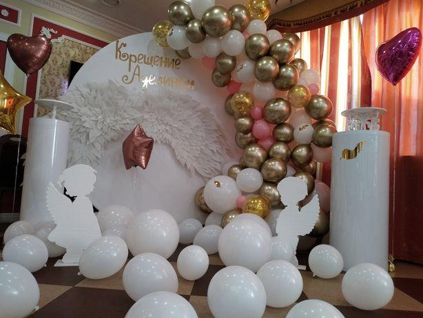 Фотозона на Крестины с ангельскими крыльями