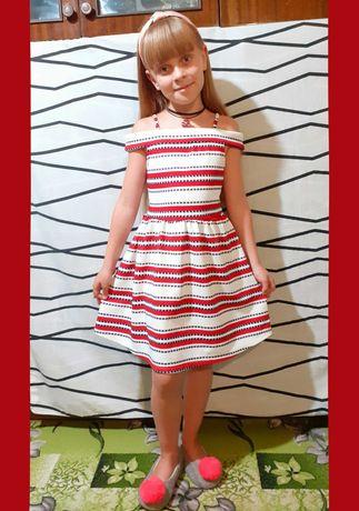 Нарядное платье на 8-9 лет, р.128-134см