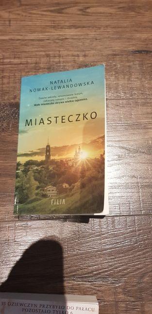 Miasteczko, Natalia N. Lawendowska
