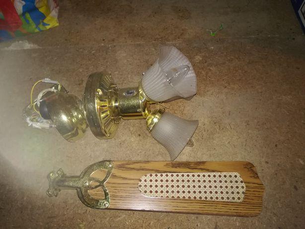 Lampa z wiatrakiem