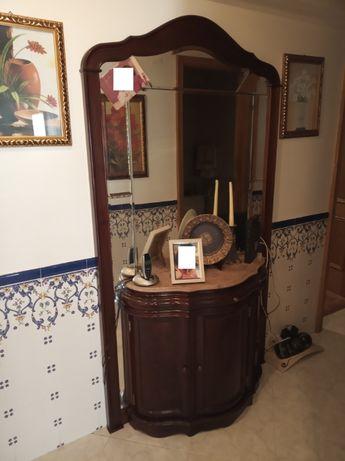 Móvel aparador de entrada em mármore