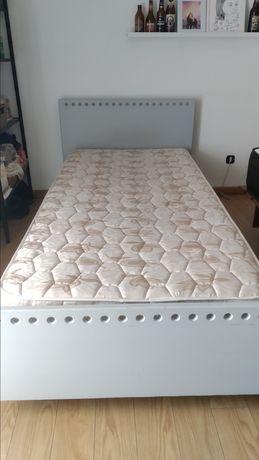 Cama de solteiro + colchão + movél