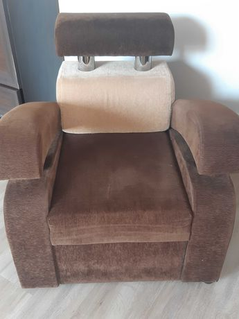 Zestaw kanapa i dwa fotele
