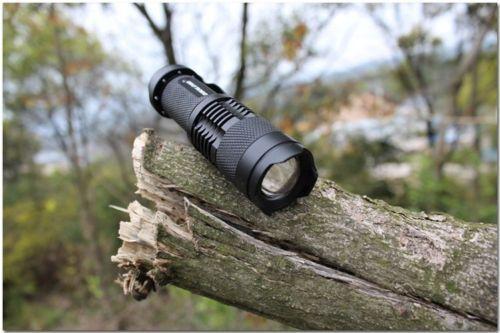 Pequena mas potente lanterna com 500 lumens (Nova)