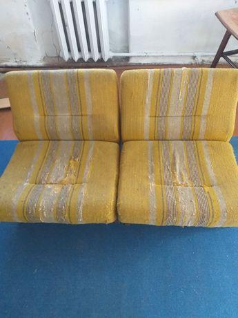 Два кресла для дома.