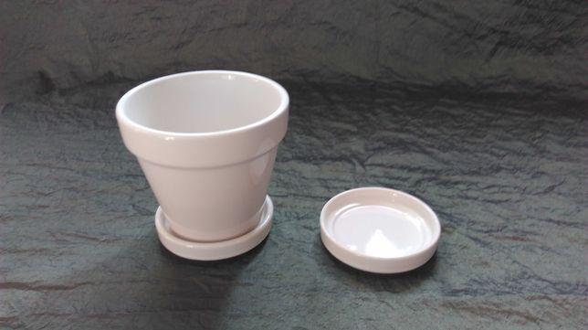 DONICZKA Z PODSTAWKAMI biała ceramika 11,5x10h kpl. NOWE