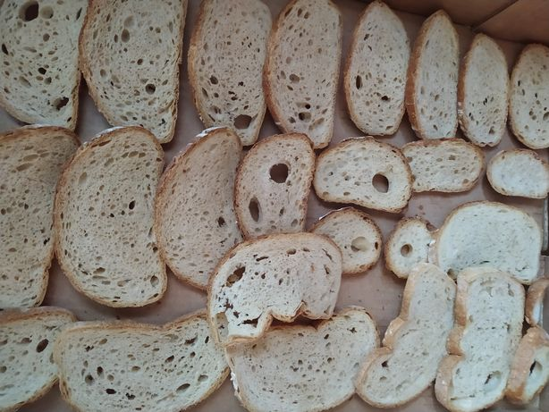 Sprzedam suszony chleb