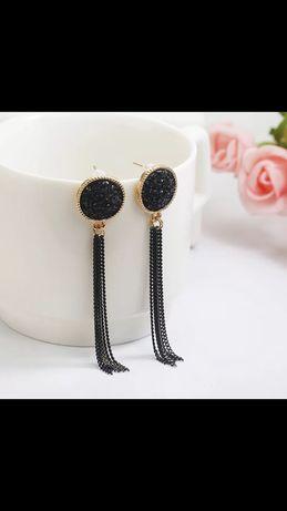 Чёрные блестящие серьги