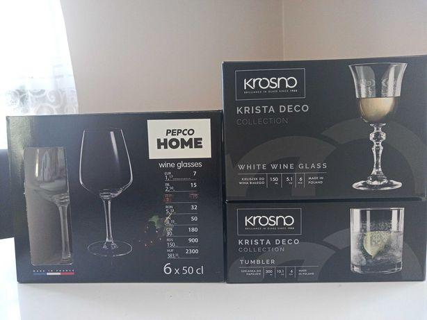 Kieliszki do wina i szklanki do napojów