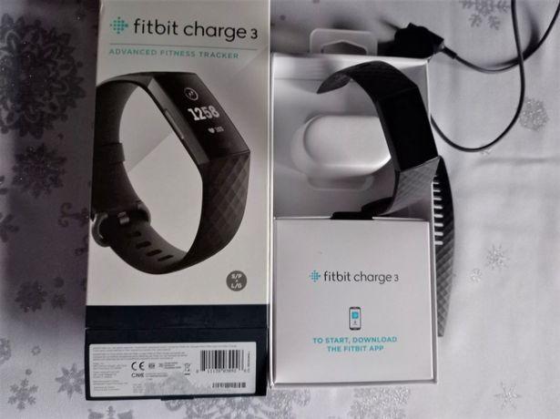 Fitbit Charge 3 - opaska w kolorze czarnym