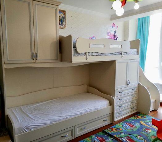 Итальянская двухъярусная кровать для деток