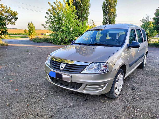 Dacia Logan                         .