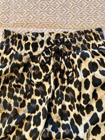 Calças padrão animal ZARA T. XS / como novas