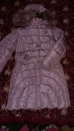1000 руб, куртка на рост 152 см. Отличное состояние