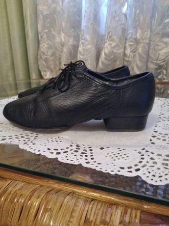 Туфлі танцювальні для хлопчика, розмір 33-34, шкіряні, чорні