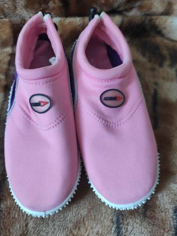 Обувь для плавания 35р