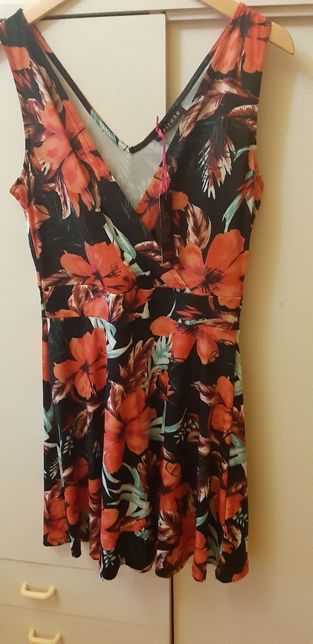 Sukienka Melrose XL kopertowy dekolt