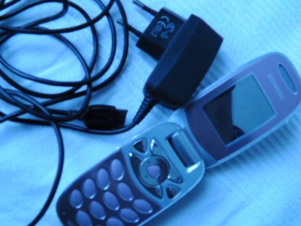 продается мобильный телефон симпатюля Simens