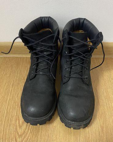 Черные женские зимние ботинки Timberland