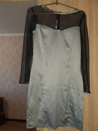 Женское платье S