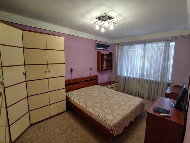 Сдам свою 2-к квартиру м.Лукьяновка
