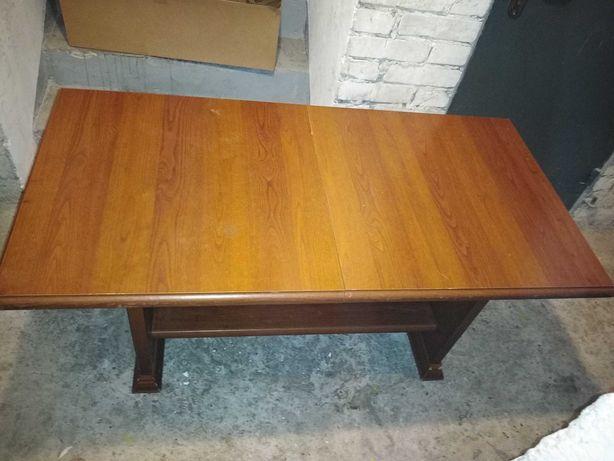 Stół rozkładany w dobrym stanie