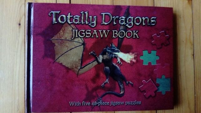 "Książka + puzzle ""Totally Dragons"""