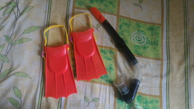 Набор юного ныряльщика: трубка и ласты
