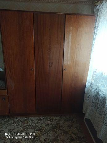 Продам мебель разную