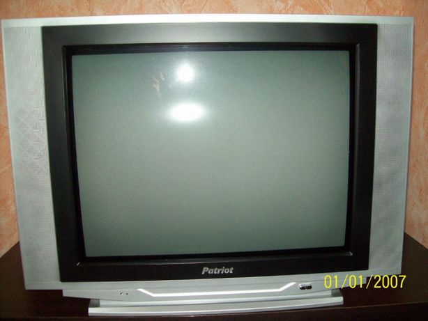 Телевизор Patriot KM-2132A почти новый!